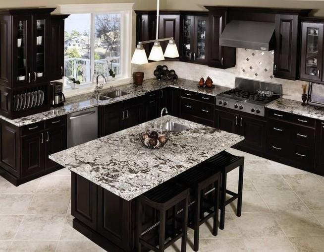 10 Stylish Black Kitchen Interior Design Ideas For Kitchen 04
