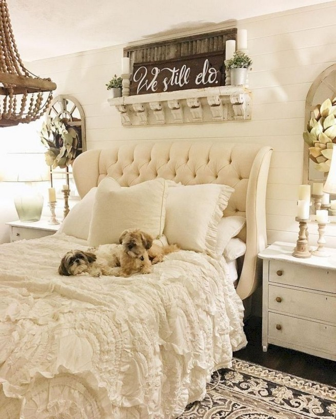 18 Shabby Chic Bedroom Design Ideas 07