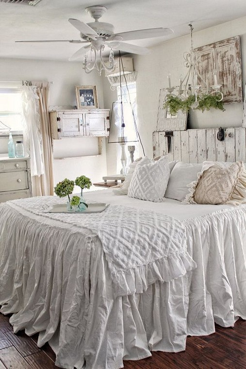 18 Shabby Chic Bedroom Design Ideas 27