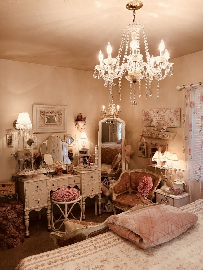 18 Shabby Chic Bedroom Design Ideas 32