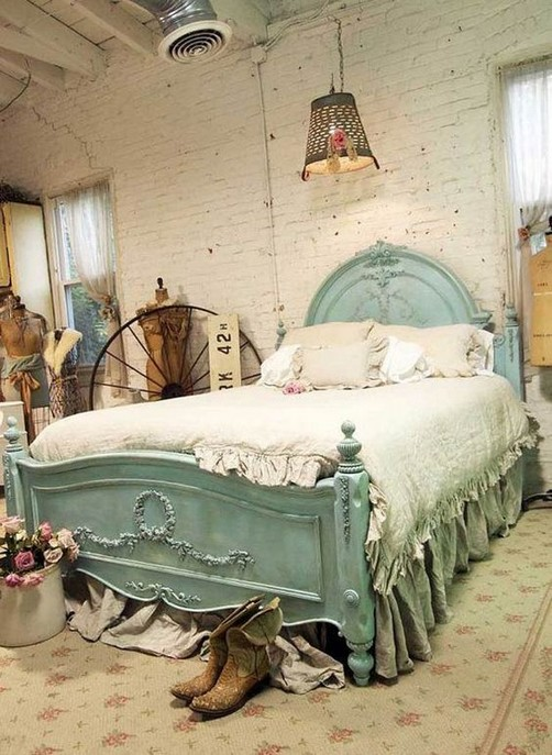 18 Shabby Chic Bedroom Design Ideas 35