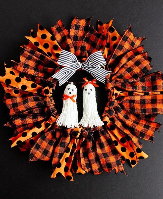 20 Adorable Diy Halloween Wreaths Design Ideas 16