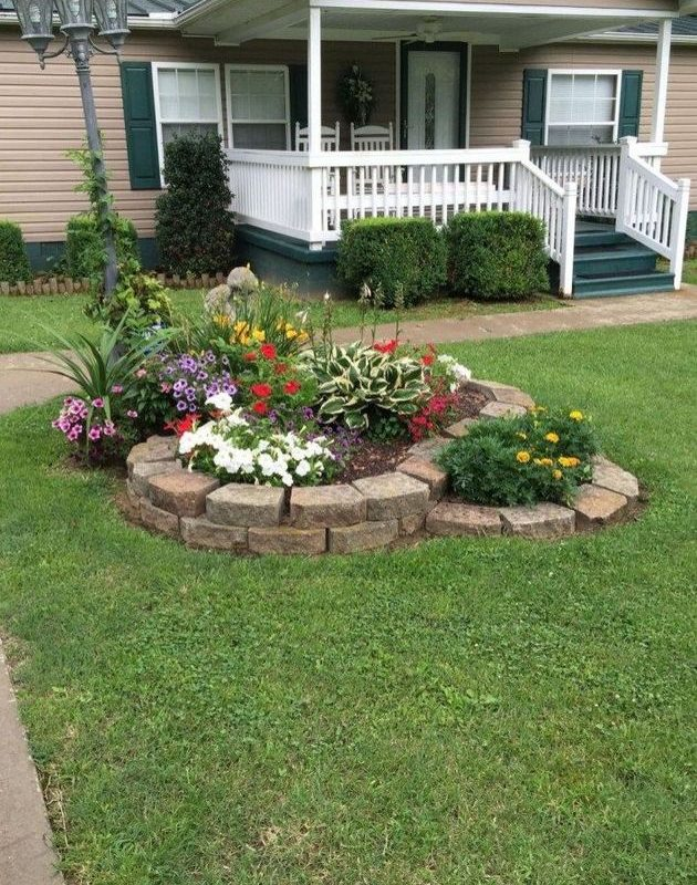 14 Relaxing Front House Landscaping Ideas 05