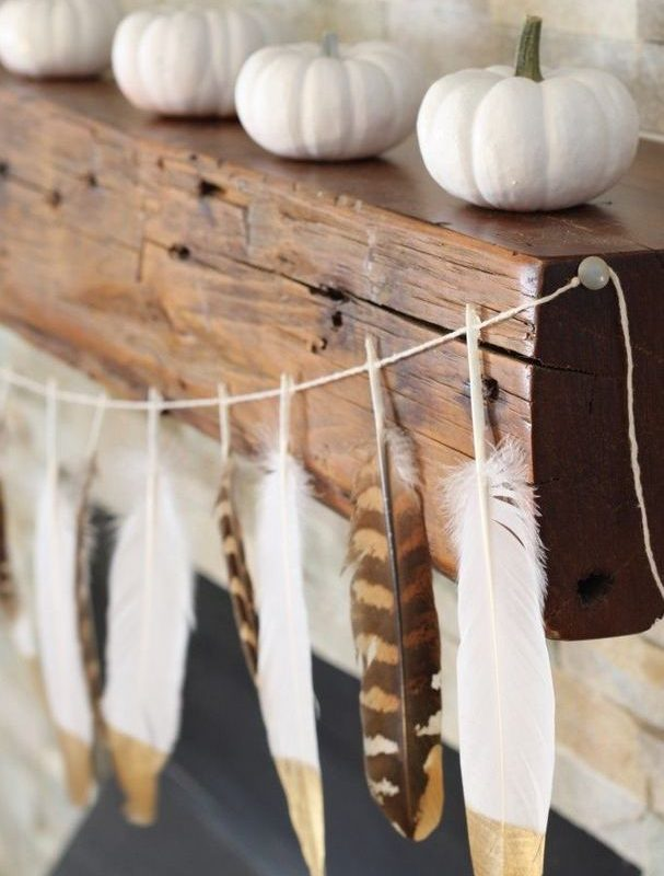 12 Creative DIY Holiday Garland Decorating Ideas On A Budget 18