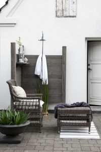 14 Gorgeous Modern Outdoor Shower Ideas For Best Inspiration 14