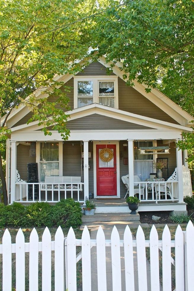 15+ Amazing Cottage House Exterior Design Ideas