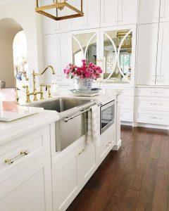 12 Stylish Luxury White Kitchen Design Ideas 31