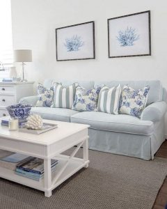 13 Inspiring Coastal Living Room Decor Ideas 18