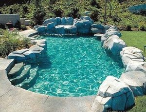 13 Totally Perfect Small Backyard Pool Design Ideas 07