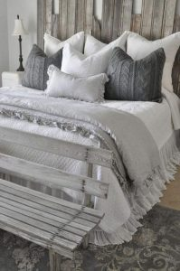 14 Comfy Shabby Chic Bedrooms Design Ideas 05