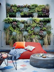 16 Cool Outdoor Spaces And Decor Ideas 29