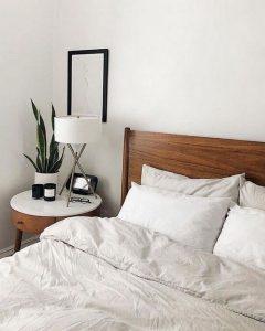 16 Minimalist Master Bedroom Decoration Ideas 02