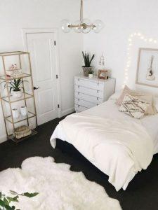 16 Minimalist Master Bedroom Decoration Ideas 22