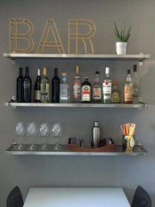 17 Elegant First Apartment Small Kitchen Bar Design Ideas 03