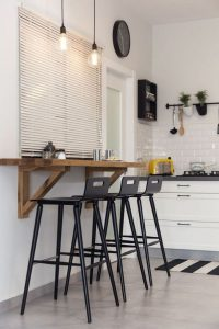 17 Elegant First Apartment Small Kitchen Bar Design Ideas 05