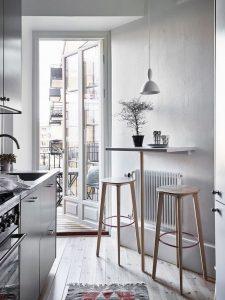 17 Elegant First Apartment Small Kitchen Bar Design Ideas 25