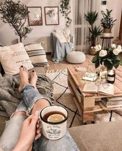 21 Warm And Cozy Farmhouse Style Living Room Decor Ideas 36
