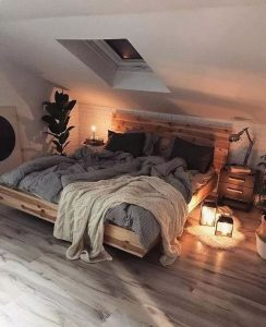 15 Adorable Small Master Bedroom Decoration Ideas 20