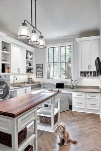 16 Brilliant Small Functional Laundry Room Decoration Ideas 03