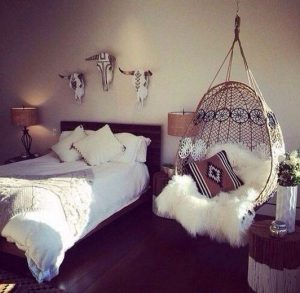 19 Creative DIY Bohemian Bedroom Decor Ideas 14
