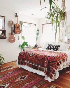 19 Creative DIY Bohemian Bedroom Decor Ideas 21