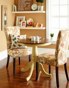 21 Totally Inspiring Small Dining Room Table Decor Ideas 12