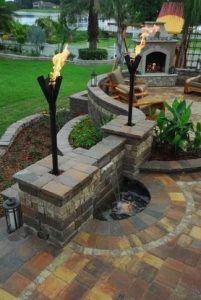 15 Awesome Winter Patio Decorating Ideas With Fire Pit – Making Your Patio Warm And Cozy 04