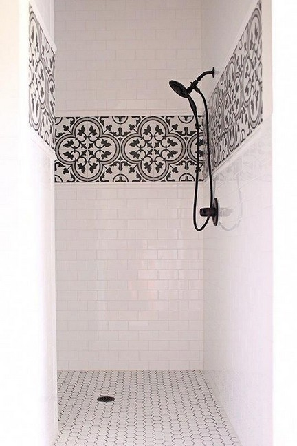 15 Beautiful Walk In Shower Ideas For Small Bathrooms 07