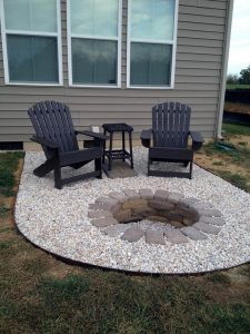 16 Awesome Winter Patio Decorating Ideas With Fire Pit 12