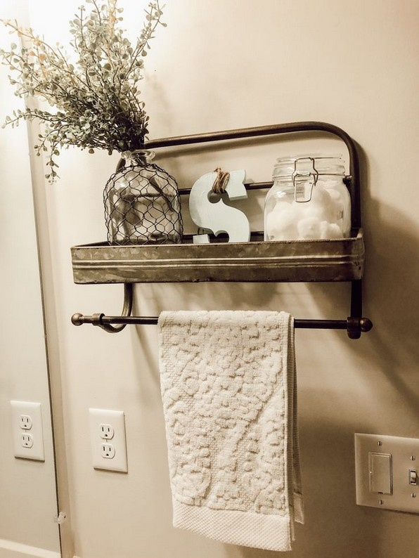 16 Kinds Of Farmhouse Bathroom Accessories Ideas 01