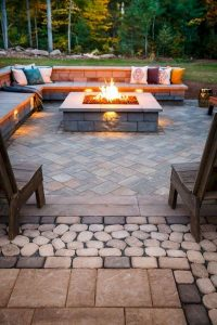 16 Most Popular Backyard Fire Pits Design Ideas 03