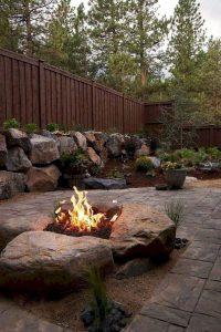 16 Most Popular Backyard Fire Pits Design Ideas 04