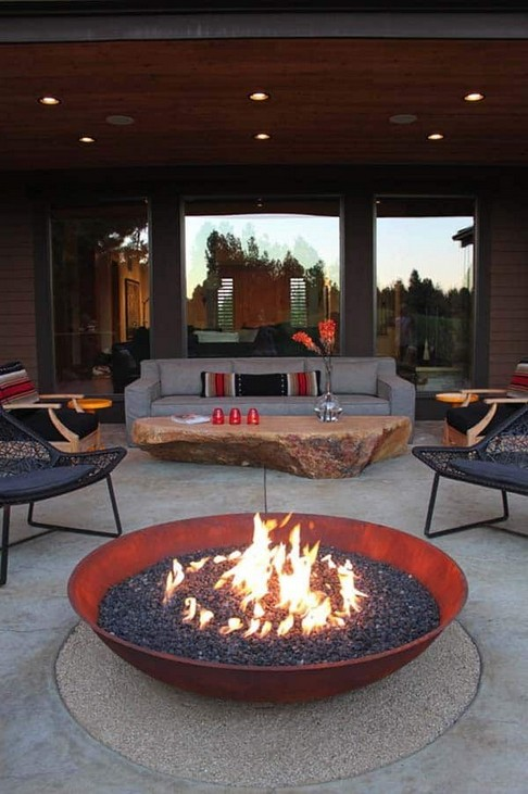 16 Most Popular Backyard Fire Pits Design Ideas 06
