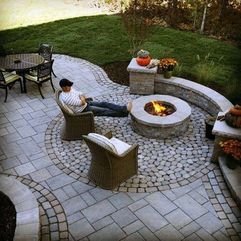 16 Most Popular Backyard Fire Pits Design Ideas 16