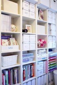 17 Bookshelf Organization Ideas – How To Organize Your Bookshelf 12