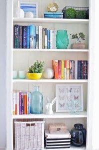 17 Bookshelf Organization Ideas – How To Organize Your Bookshelf 14
