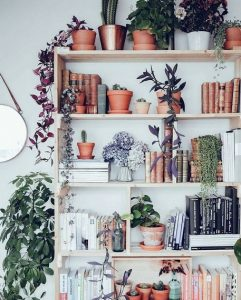 17 Bookshelf Organization Ideas – How To Organize Your Bookshelf 22