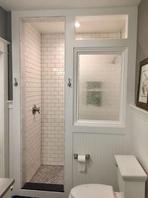 18 Best Bathroom Tile Ideas 23