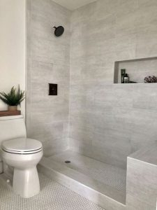 18 Best Bathroom Tile Ideas 24