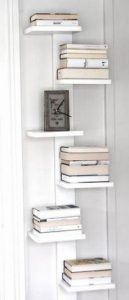 18 Bookshelf Organization Ideas 10