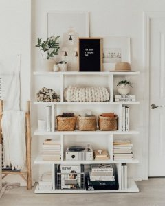 18 Bookshelf Organization Ideas 17