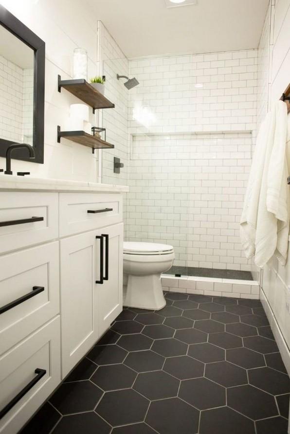 18 Comfy Bathroom Floor Design Ideas 14