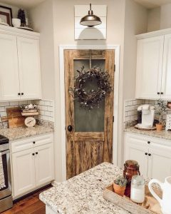 18 Farmhouse Kitchen Ideas On A Budget 09