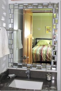19 Great Bathroom Mirror Ideas 11