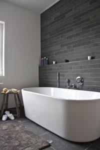 19 Pleasurable Master Bathroom Ideas 05
