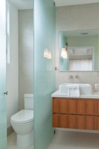 19 Pleasurable Master Bathroom Ideas 22
