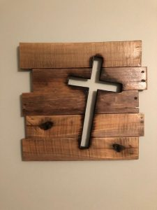 19 Small Wood Projects – How To Find The Best Woodworking Project For Beginners 15