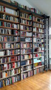 19 Unique Bookshelf Ideas For Book Lovers 05