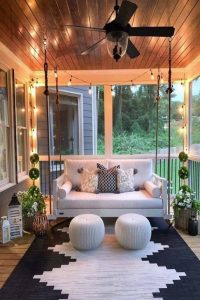 16 Beautiful Farmhouse Front Porches Decorating Ideas 01