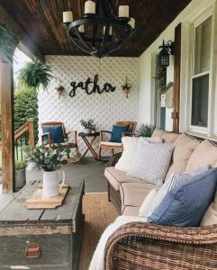 16 Beautiful Farmhouse Front Porches Decorating Ideas 05